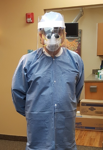 dr. lee frost uses ppe for the health and safety of his patients. frost dental group in ritherford nj uses the best infection control methods.