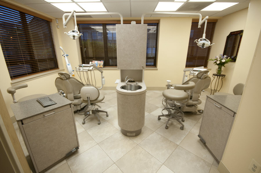 View our patient exam room at our Rockville dental office - Potomac Dental Clinic