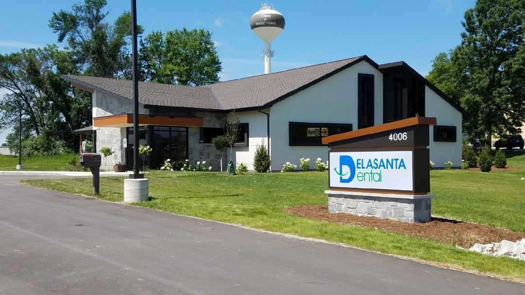 Delasanta Dental Office Exterior