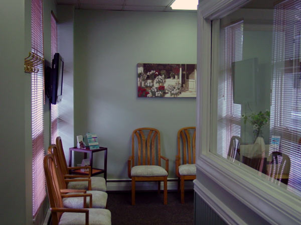 A view of the office lobby at Dr. Mock, Associates in General Dentistry in Springdale, PA