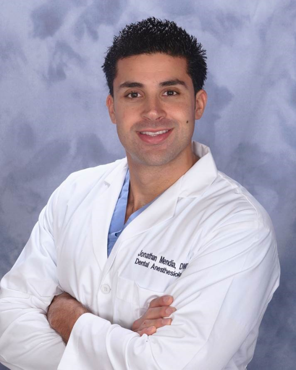 Meet Dr. Mendia - Cherry Hill Dentist