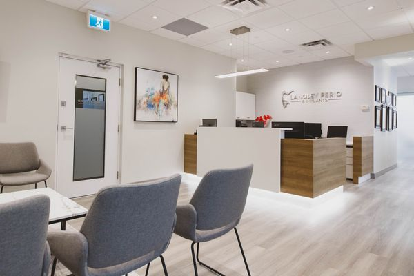 reception area and waiting room langley perio & implants